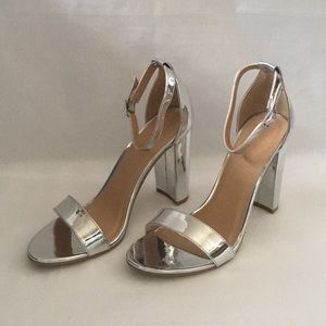 New Sexy Silver Sandals with Heel Size 8